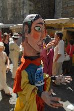 Photo: Marché Les Vans 4 août 2012 : déambulation de marionnettes géantes organisé par les collectifs STOP AU GAZ DE SCHISTE Auzonnet Cèze et Ganière et Haute Cévennes. - © Olivier Sébart