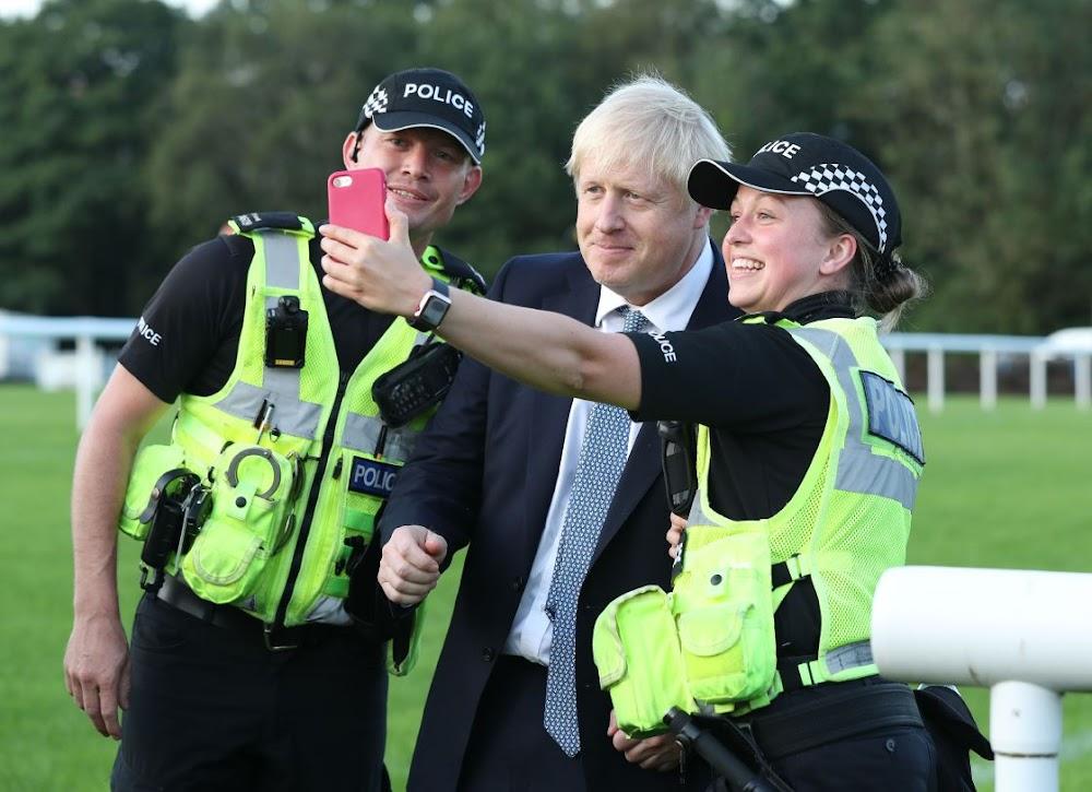 Boris Johnson bied nuwe gesondheidsfondse aan om die belofte van Brexit na te kom