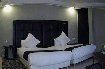 Tempoo Hotel