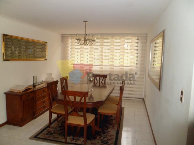 apartamento en venta poblado 679-11271