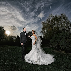 Wedding photographer Oleg Kostin (studio1). Photo of 23.11.2017