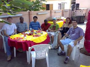 Photo: Linda festa en domingo (despois do evento e xusto antes de voltar a casa). Feijoada brasileira foita por angolanas, música africana, semba (non 'samba')...
