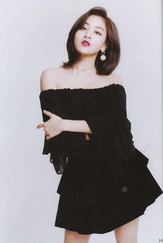jihyo black 31