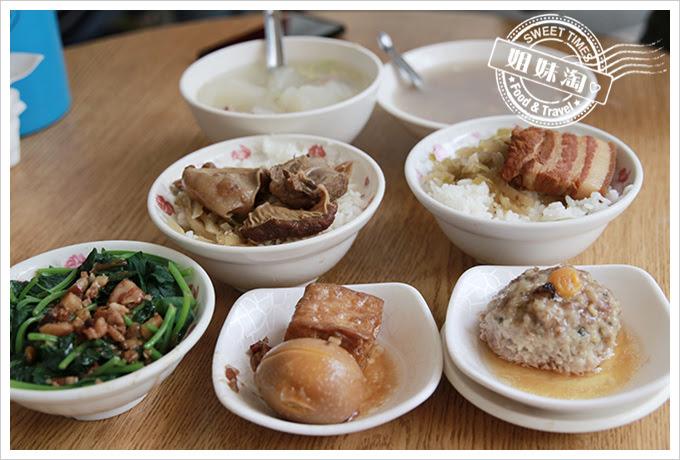 東坡鮮肉飯菜色
