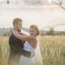 Wedding photographer Anna Dejewska-Patucha (zwelonem). Photo of 13.09.2017