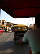 Photo: Got off bus at Máncora.  Now, taking a moto (tuk-tuk) to Los Organos.