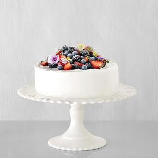 Berry Chantilly Cake.