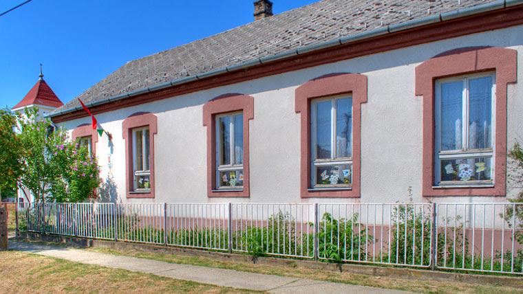 Jákó Iskola épület