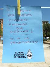 Photo: Detalle de la Plaza Dos de Mayo. Asamblea Malasaña.