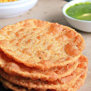 Sindhi Pakwan, Crispy Pooris