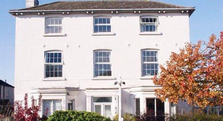 Brookthorpe Lodge