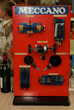 Photo: Display of Meccano mechanisms, André CHAPEL