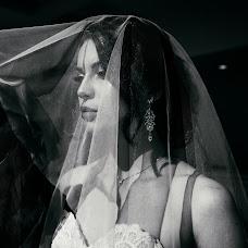 Wedding photographer Aleksey Kremov (AplusKR). Photo of 18.10.2017