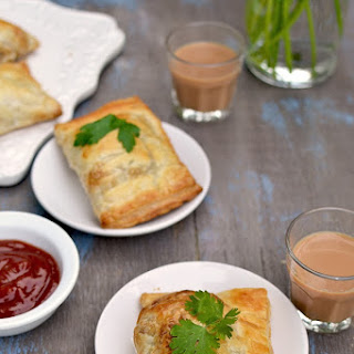 Curry Puffs/ Veg Puffs (made with Puff Pastry)