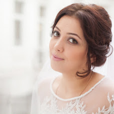 Wedding photographer Valentina Vaganova (VaganovaV). Photo of 07.02.2014