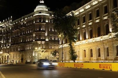 Zwei Wochen vor unserem Besuch war die Formel 1 zu Gast in Baku.