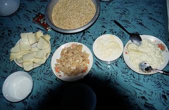 Photo: 03482 シリンホト/レストラン/乳製品各種