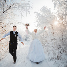 Wedding photographer Olya Yaroslavskaya (olgayaros86). Photo of 13.12.2018
