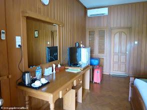 Photo: #018-Monywa, le Win Unity Resort. La chambre.