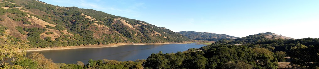 Photo: Coyote Lake (Download the picture or maximize your browser window for the full resolution)