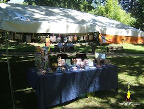 Photo: Le stand d'expositions de carterie artisanale