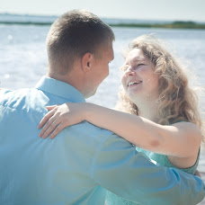 Wedding photographer Nina Cvetkova (Nulok). Photo of 22.07.2014