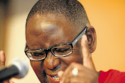 Saftu general secretary Zwelinzima Vavi says it was shocking that gauteng Premier David Makhura had allowed government employees to continue working in the building despite knowing that it did not meet compliance standards