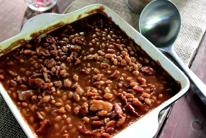 Easy Jack Daniels Baked Beans Recipe