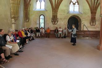 Photo: Kloster Eberbach - Kirsten synger i Kapitelsalen