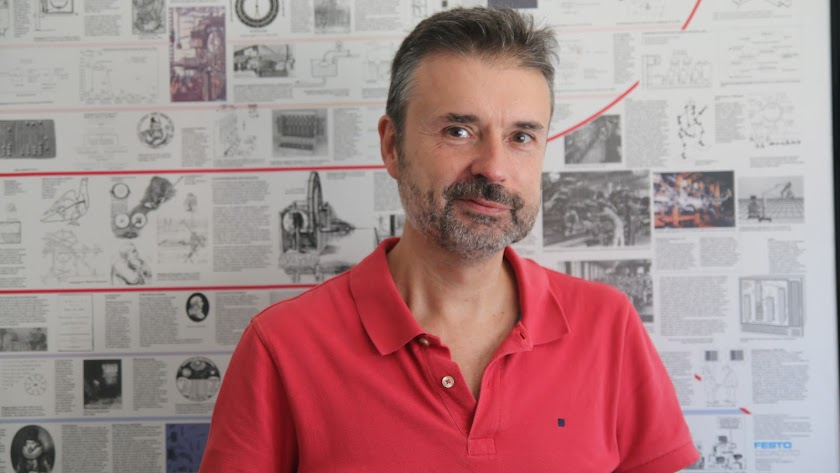 Manuel Berenguel, en su oficina