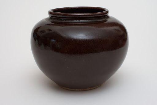 Ursula Mommens Ceramic Vase