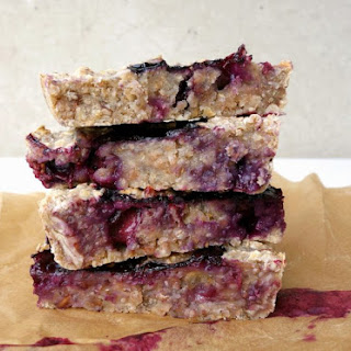 Blueberry Pecan Breakfast Bars with Spelt Flour