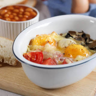 Full English breakfast baked eggs.