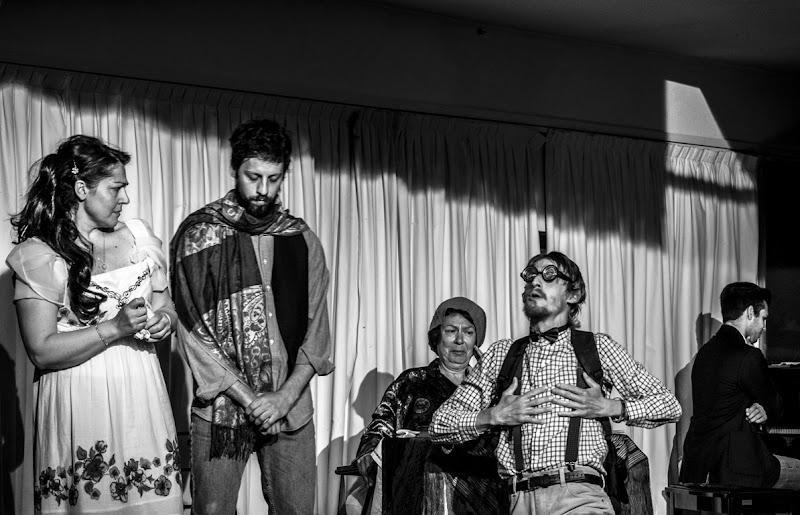 Gestualita' teatrali di MarcoUgoccioni