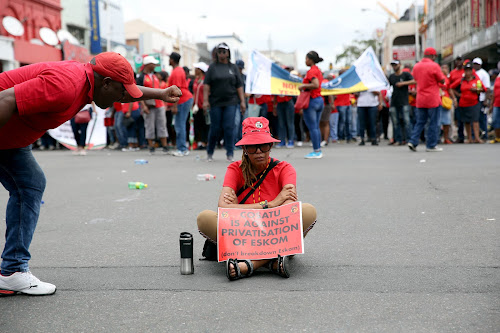 Cosatu stands firm on Eskom: no job losses, privatisation or