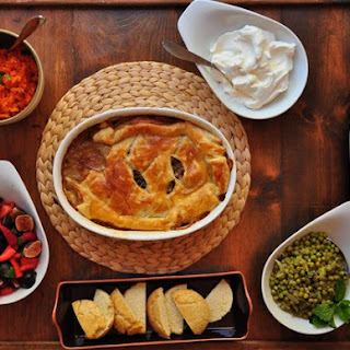 Chicken Pot Pie, Carrot Smash, French Style Peas, Berries & Cream.