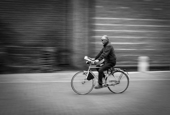 Passeggiando in bicicletta  di laura_bazzy_bazzan