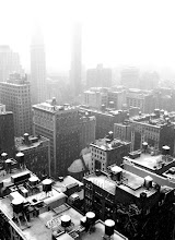 Photo: Snowing in New York.Looking out towards the east over to Flatiron and Madison Square Park.