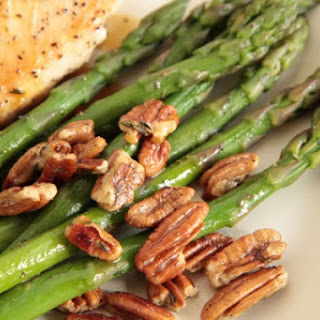 Asparagus with Pecans.