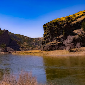 by David  Clayton - Landscapes Mountains & Hills ( landscapes, rivers, landscape photography, mountain, mountains, montana, riverside, river, landscape,  )