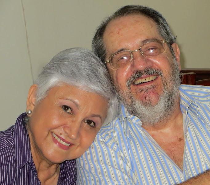 Photo: Ma. Isabel y su hijito Gabriel