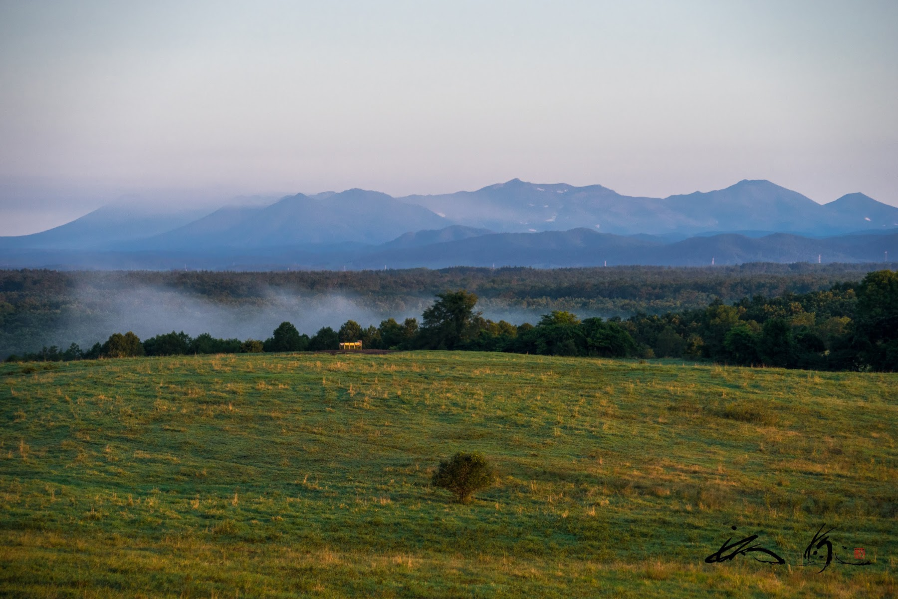 ブルーマウンテンズのような青い山脈。。。