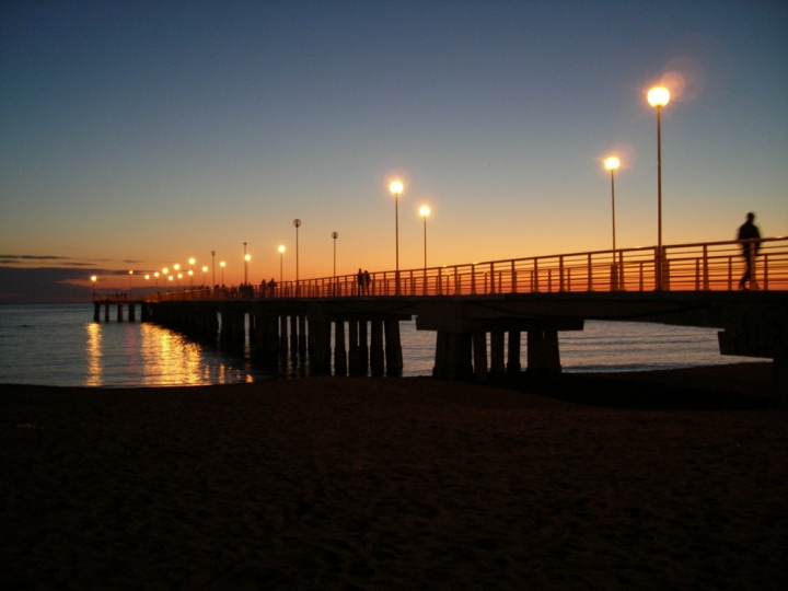 Sul mare è apparso un ponte d'argento di luca boggio