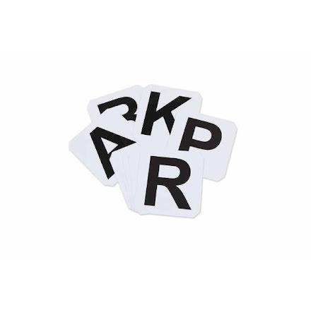 Självhäftande bokstäver till ridbana