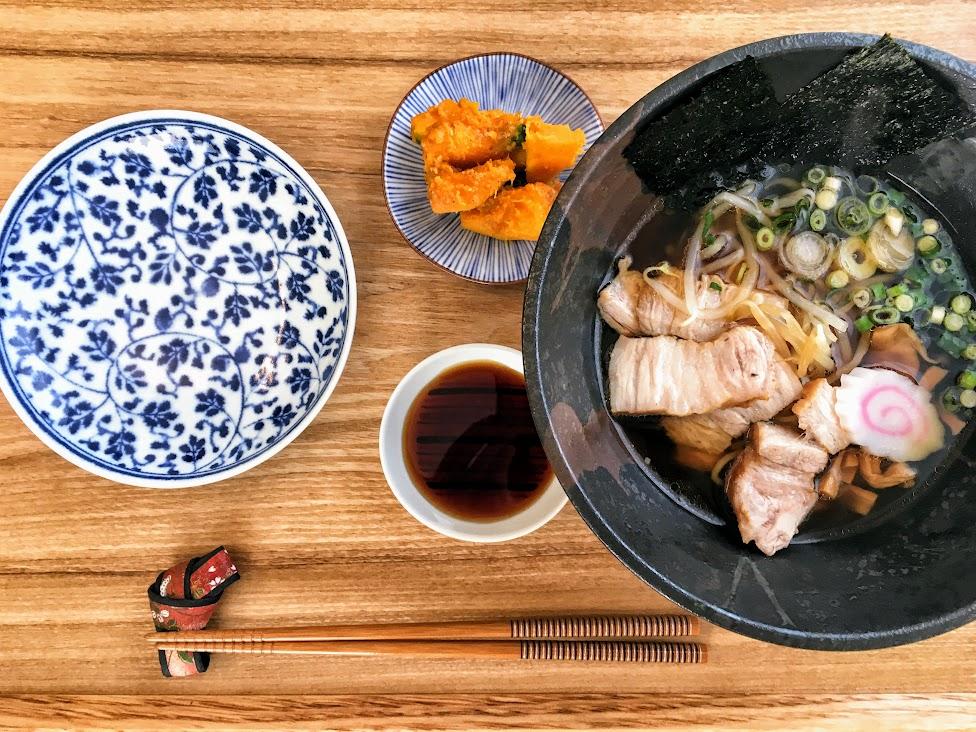 japońskie potrawy, ramen, Dobre jedzenie w podróży