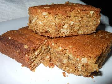 Chewy Oatmeal Peanut Butter Bars