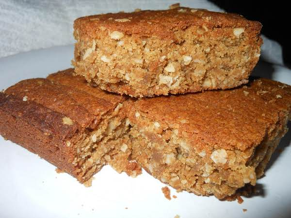Chewy Oatmeal Peanut Butter Bars Recipe