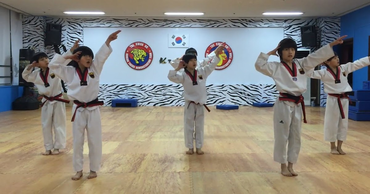 """K-Tigers children show off their moves in """"Boy In Luv"""" cover"""