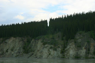 Photo: Yukon River. Grenzverlauf