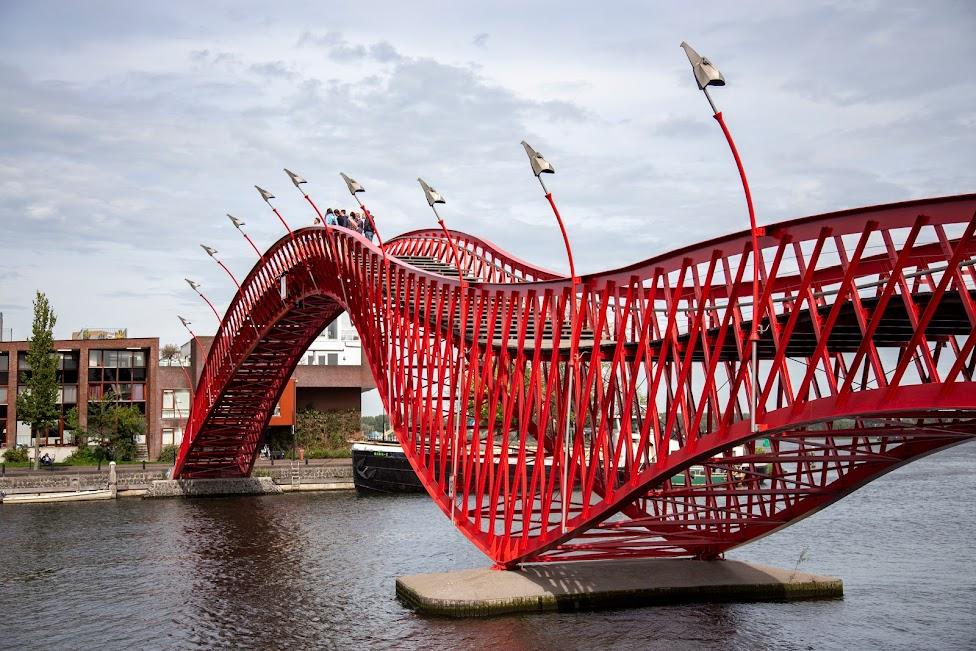 Amsterdam, Python Bridge, most pytona